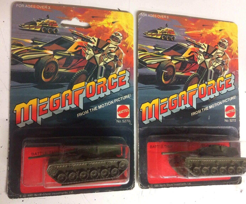Hot Wheels Mega Force Mega RARE char de combat Lot de deux variante cartes 5270 & 5272