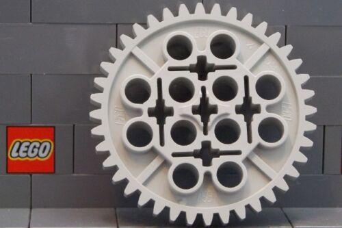 LEGO: Technic Gear 40 Tooth (#3649) Mid Stone