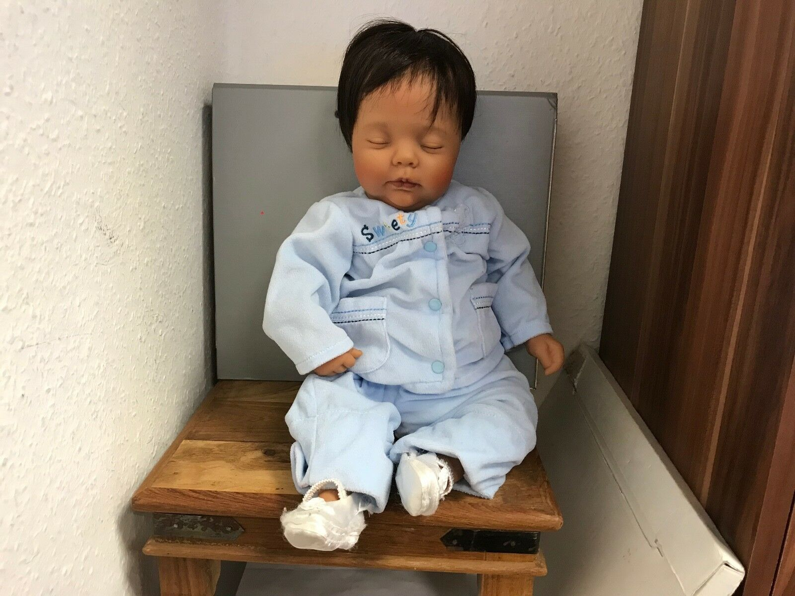 Donna con bambola in vinile 53 cm. condizione Top