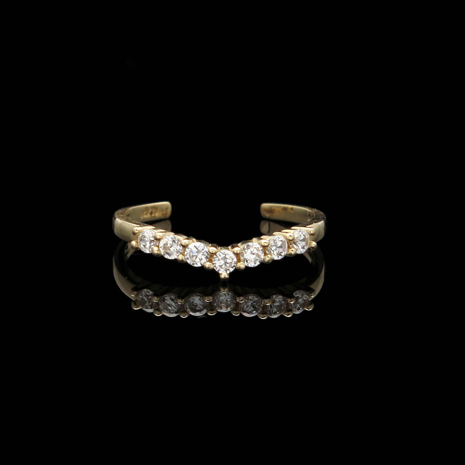 Fancy Toe Ring 0.10ct Created Diamond Solid 14K Yellow gold V-Shape