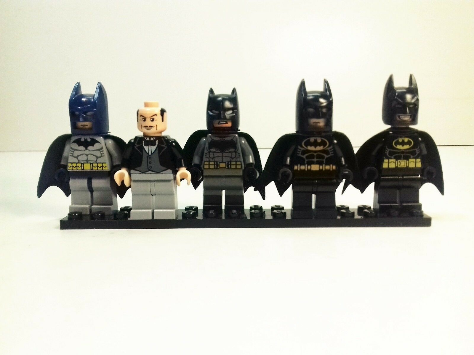 5 x LEGO ® Batman © Minifiguren   bat022, bat022, bat022, bat014 (Alfred), sh218, bat002, tlm090 a04d76