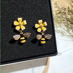 Fashion-Bee-Flower-Enamel-Drop-Earrings-For-Fashion-Girl-Women-Jewelry-Accessory