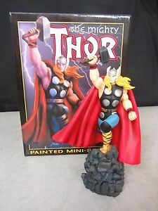 The Mighty Thor Mini Statue ~ Carl Surgess ~ 2510/5000 ~ Bowen 2001