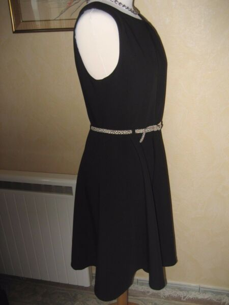 b652e5890a7 TRES BELLE ROBE NOIRE DEGRIFFEE ALAIN MANOUKIAN - TAILLE 36 - COMME NEUVE.  Hover to zoom