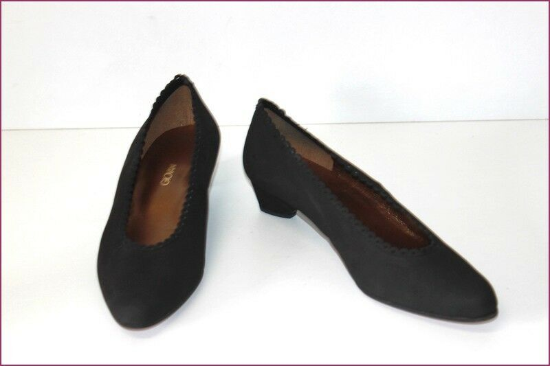 GIOVANI Court shoes All Leather Black Indented Small Heels T 40 TOP CONDITION