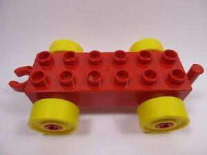 Car Base 2x6 Wagon Jaune avec Roues Rouges et Crochet Ouvert LEGO DUPLO 2312