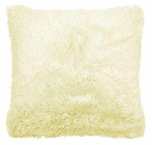 "2 x Catherine Lansfield Cuddly Cushion Covers 45cm x 45cm - 18"" x 18"" Cream"