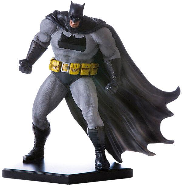 BATMAN - Dark Knight 1 10th Art Scale DLC Series Statue (Iron Studios)  NEW