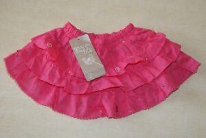 Jupe-rose-fushia-neuve-taille-6-mois-marque-Grain-de-Ble-etiquetee-a-17-99