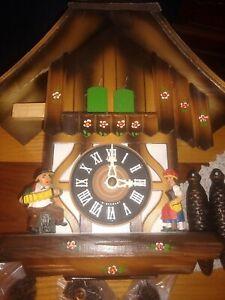 Vintage-German-Cuckoo-Clock-Swiss-Musical-Movement-1935