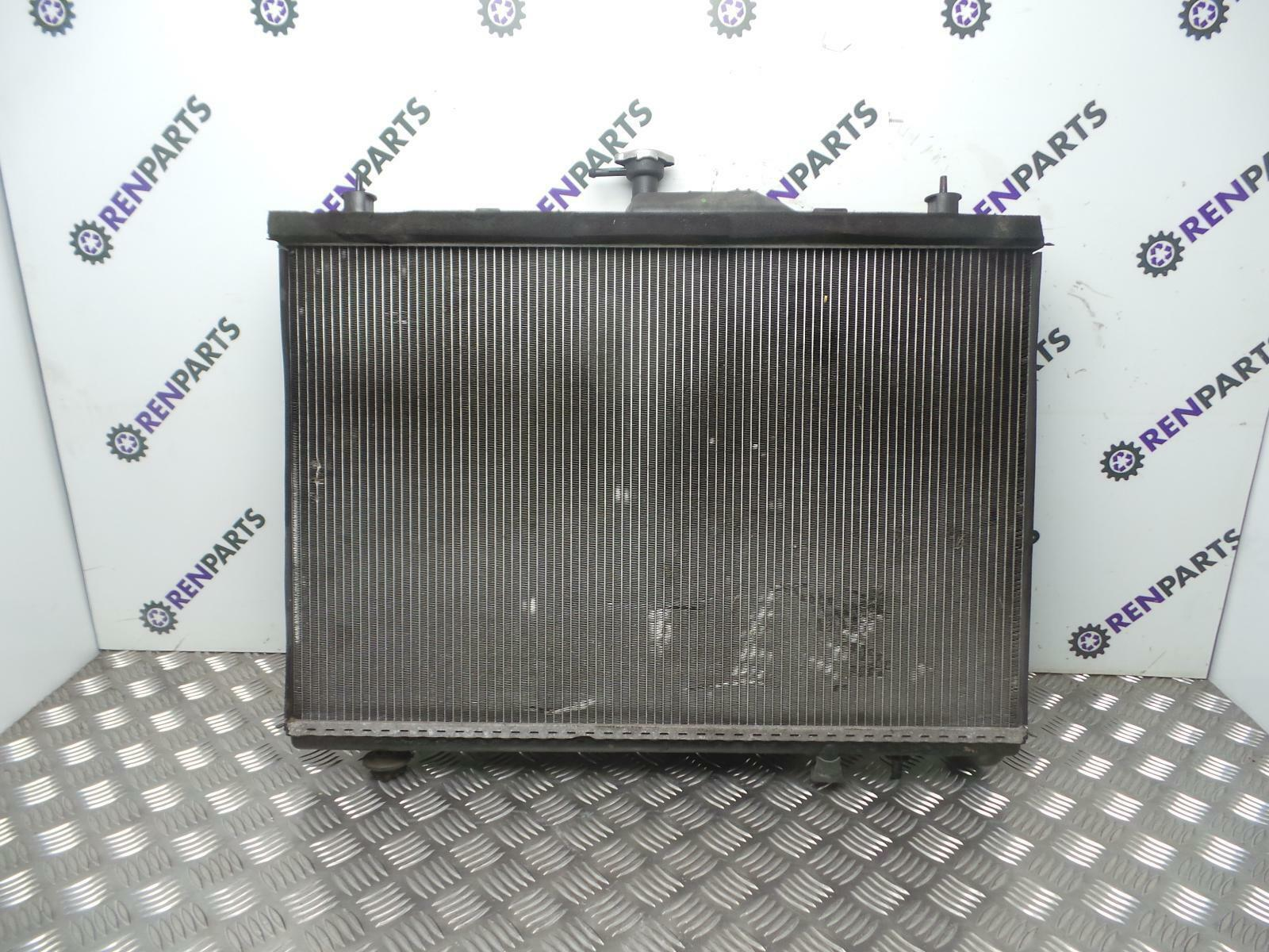 LAND ROVER DEFENDER 2.2 2.4 TD4 PUMA ENGINE COOLING RADIATOR 2007-2016 PCC001020