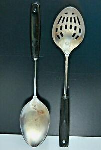 Vintage-Set-of-2-Chrome-plate-Ekco-amp-Foley-Slotted-serving-spoon-black-handle