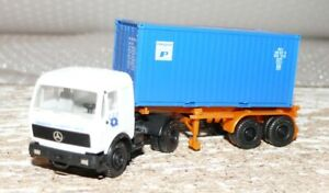 P11-Herpa-Mercedes-Container-SZ-Interpool