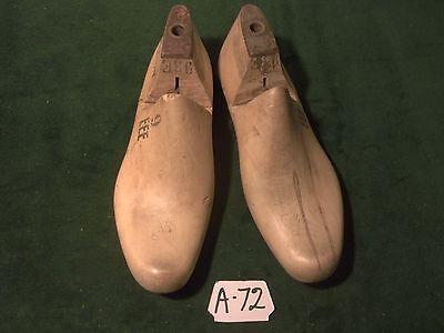 Pair Vintage Maple Wood Size 9 EEE CARLETON Industrial Shoe Factory Last #A-72