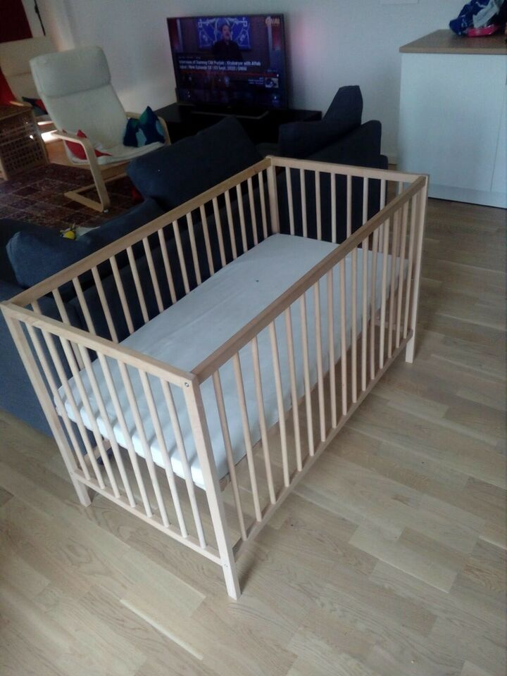 Krybbe, IKEA SNIGLAR baby crib just like new 1 year used, b: