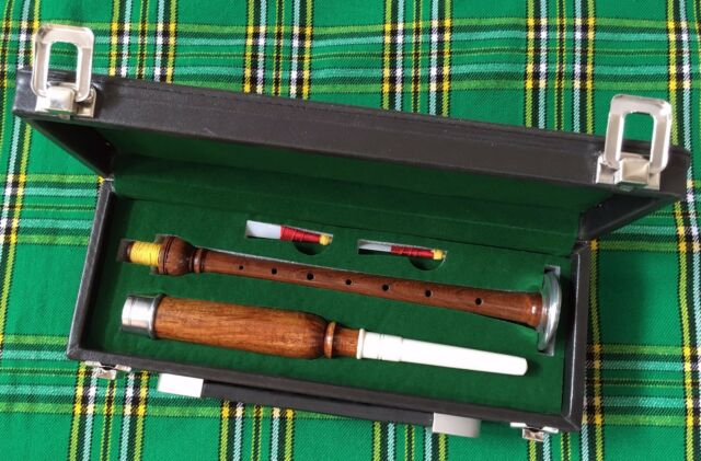Scottish Practice Chanter Rosewood Silver Mount with carrying Box 2 reeds
