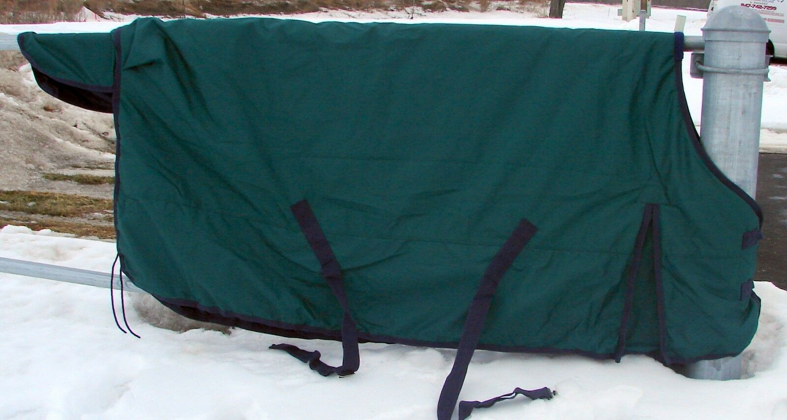 CLEARANCE 74  Green 600D 300G Medium Heavy Weight Waterproof Turnout Blanket