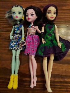 Hasbro-Monster-High-Dolls-Lot-Of-3-Draculaura-Frankie-Descendant-Mal