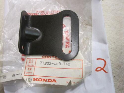 NOS Honda OEM GL1100 GOLDWING RIGHT REAR SEAT STAY 77202-463-740