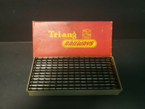 Tri-Ang Railways 12-R.190 Straight Track Series 3 MINT in box B6