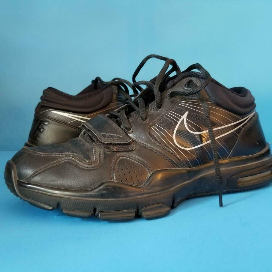 Nike TRAINER 1.2 Mid SNEAKERS Training BLACK SHOES Athletic RARE 2010 sz 9.5