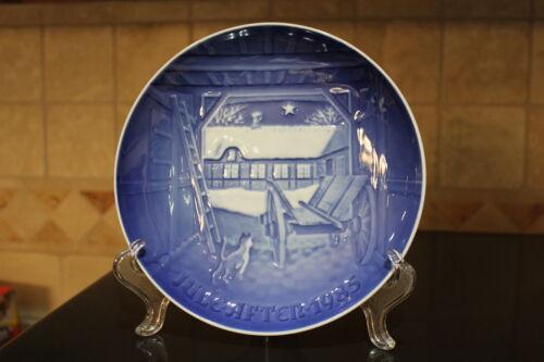 B /& G Copenhagen Porcelain Collectors Plate Christmas Eve at The Farmhouse 1985