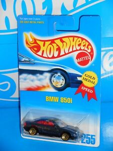 Hot-Wheels-Mid-1990s-Mainline-255-BMW-850i-Dark-Blue-w-Gold-WSPs