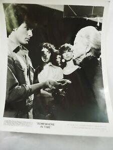034-Somewhere-en-Temps-034-Susan-French-Christopher-Reeve-Lobby-Photo-20-3x25-4cm