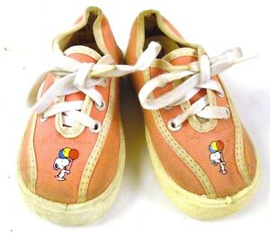 1970s-SNOOPY-Girl-039-s-Pink-Sneakers-Shoes-Peanuts-Snoopy-with-Balloons-Toddler