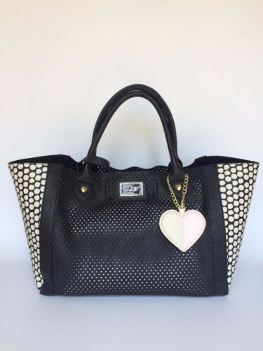 1 Heart Satchel 2 Perfy in Nwt Betsey Johnson Zwart Y7f6gby
