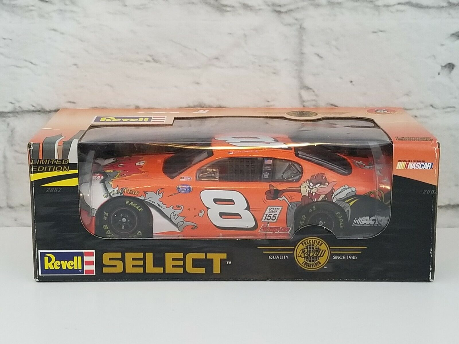 Revell Select Looney Tunes Taz Dale Earnhardt Jr Limited Edition #8 Car Nascar