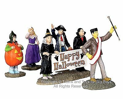 Lemax 32115 HALLOWEEN PARADE BANNER Spooky Town Figurine Set of 5 Decor Figure I
