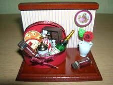 Reutter Porzellan Minidisplay Herzlichen Glückwunsch Puppenstube 1:12    1.720/6