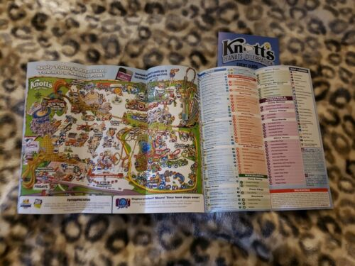 Knott/'s Berry Farm Peanuts Celebration 2019 Map Set