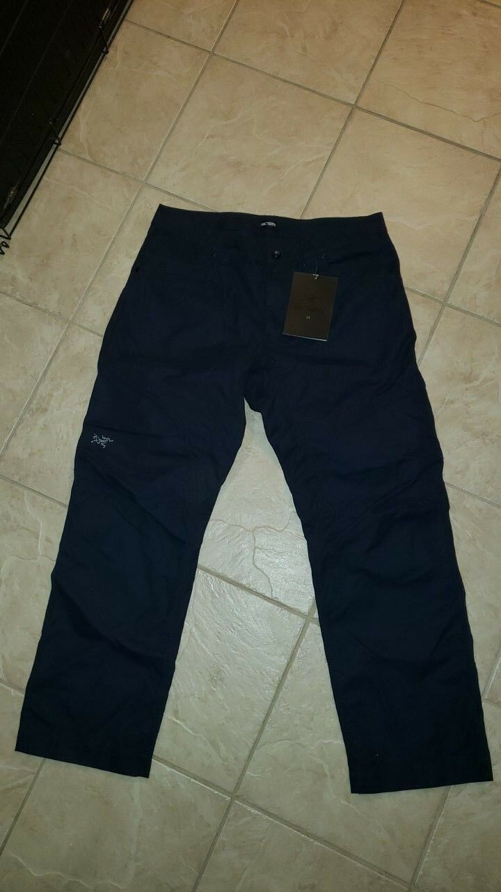 Arc`teryx Cronin pants brand new with tags