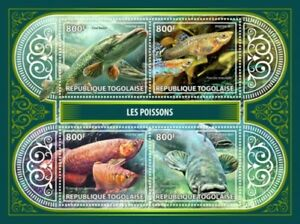 WD05-13-20-Togo-2017-poissons-sur-timbres-4-Timbre-Feuille-TG17414a