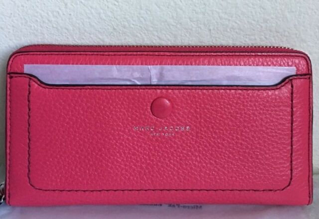 NWT Marc Jacobs Leather Vertical Zip-Around Wallet Carnation Original Packaging