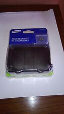 SAMSUNG CAMERA CASE + 4GB DlGITAL MICRO SD MEMORY CARD ACCESSORY KIT EA-AK21BM4G