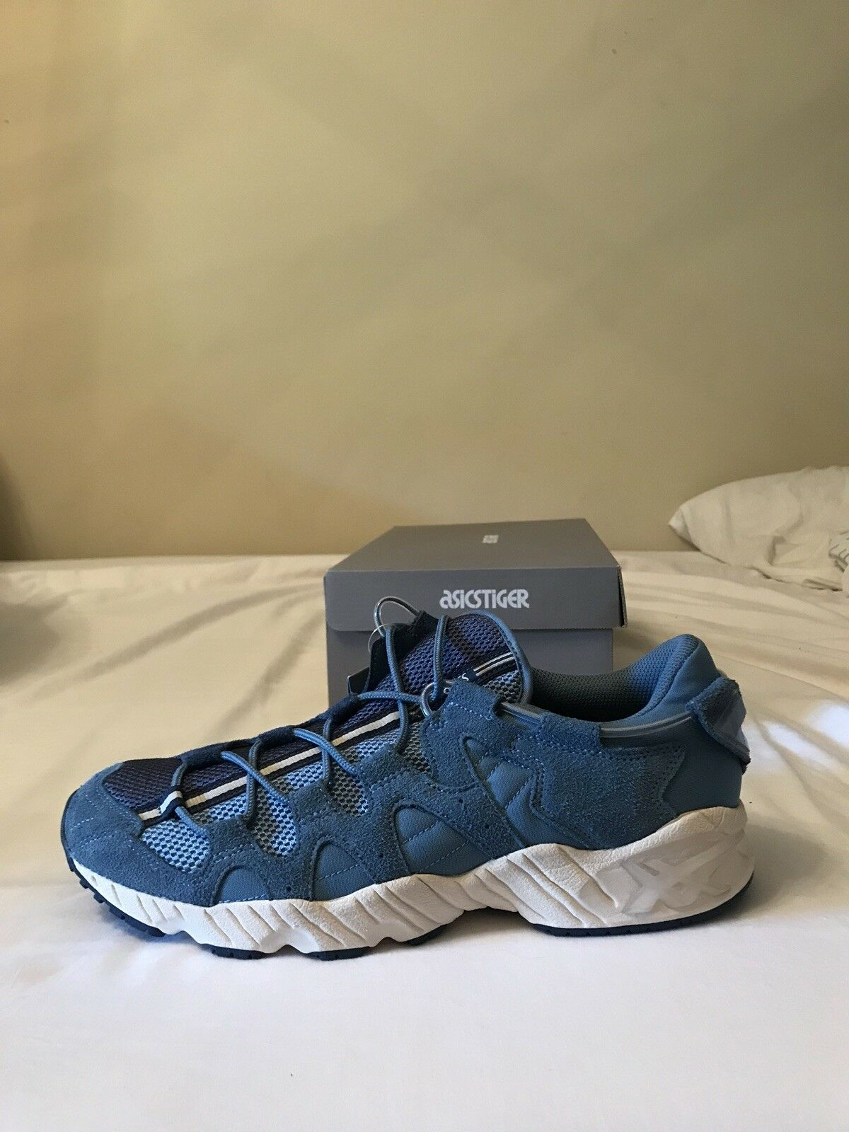 ASICS TIGER GEL-MAI MENS SNEAKERS BRAND NEW DS AND UNWORN