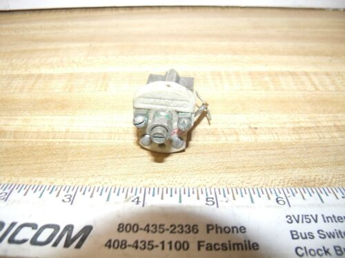 Variable Capacitors 150 pF Screw Driver adjust HAM RADIO