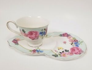 1048f7e038a 2 PC SET GRACE'S WHITE+BLUE+PINK FLORAL ROSE,GOLD TRIM TEA CUP+ ...