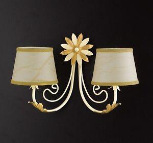 Applique-lampada-parete-classico-ferro-battuto-paralumi-foglie-fiori-oro