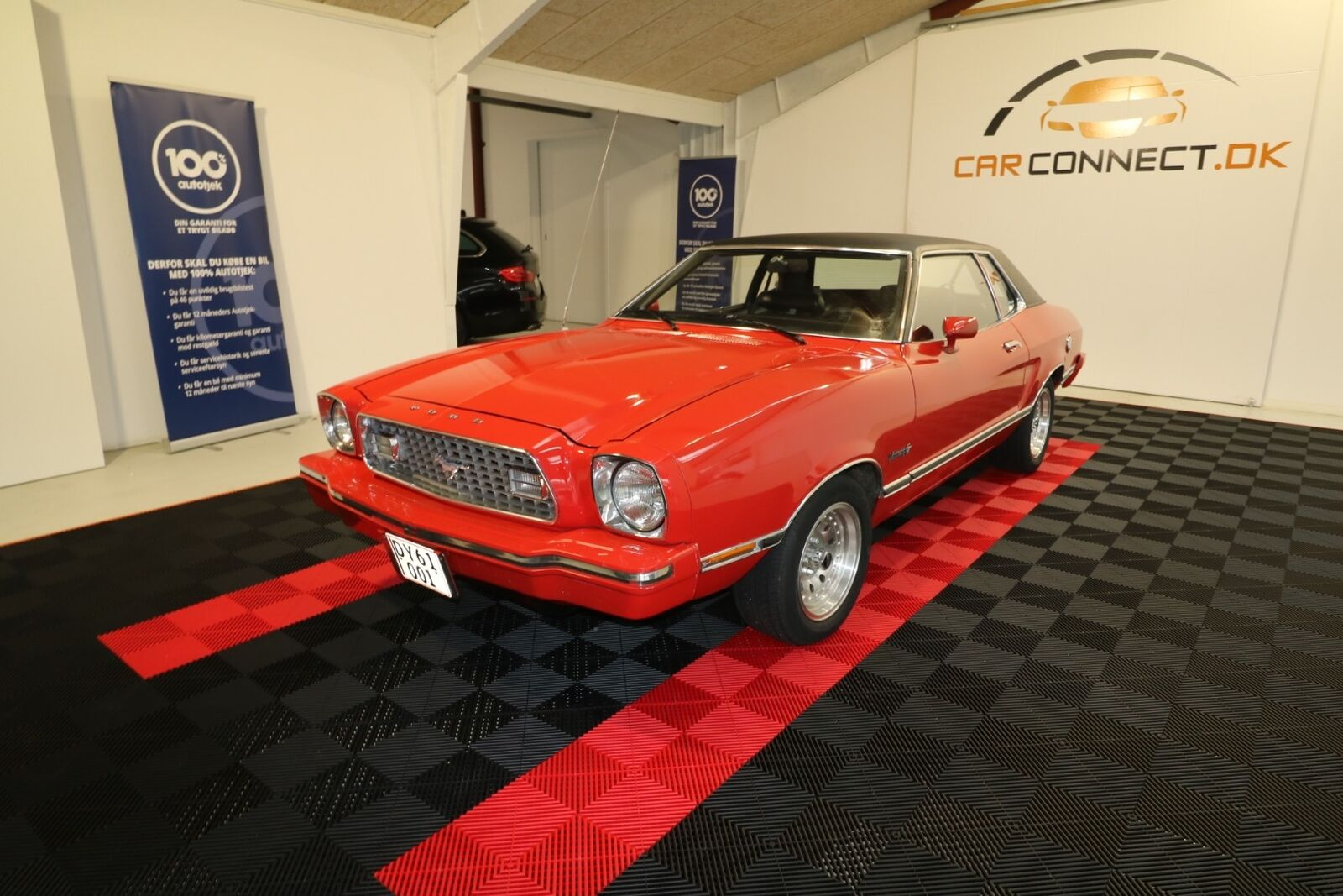 Ford Mustang 4,9 Ghia aut. 2d - 99.900 kr.