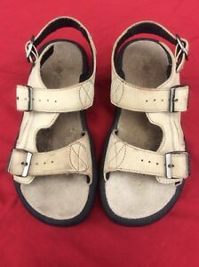 Women-s-Columbia-Gladiator-Leather-Buckle-Strap-Sandals-Size-8-Tan-Color