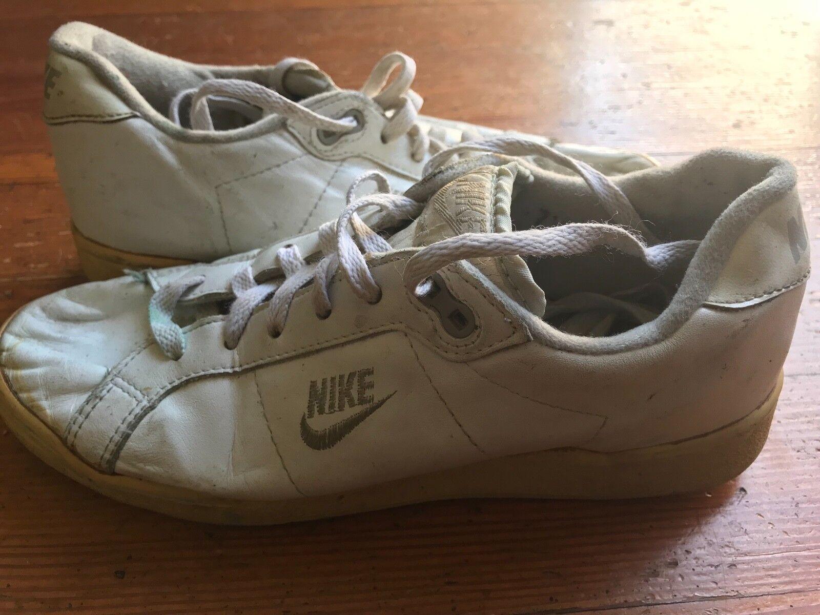 huge discount f3172 4059f 1988 1988 1988 Nike Queens Cup Wimbledon John McEnroe Challenge Court 7.5  1e4b91