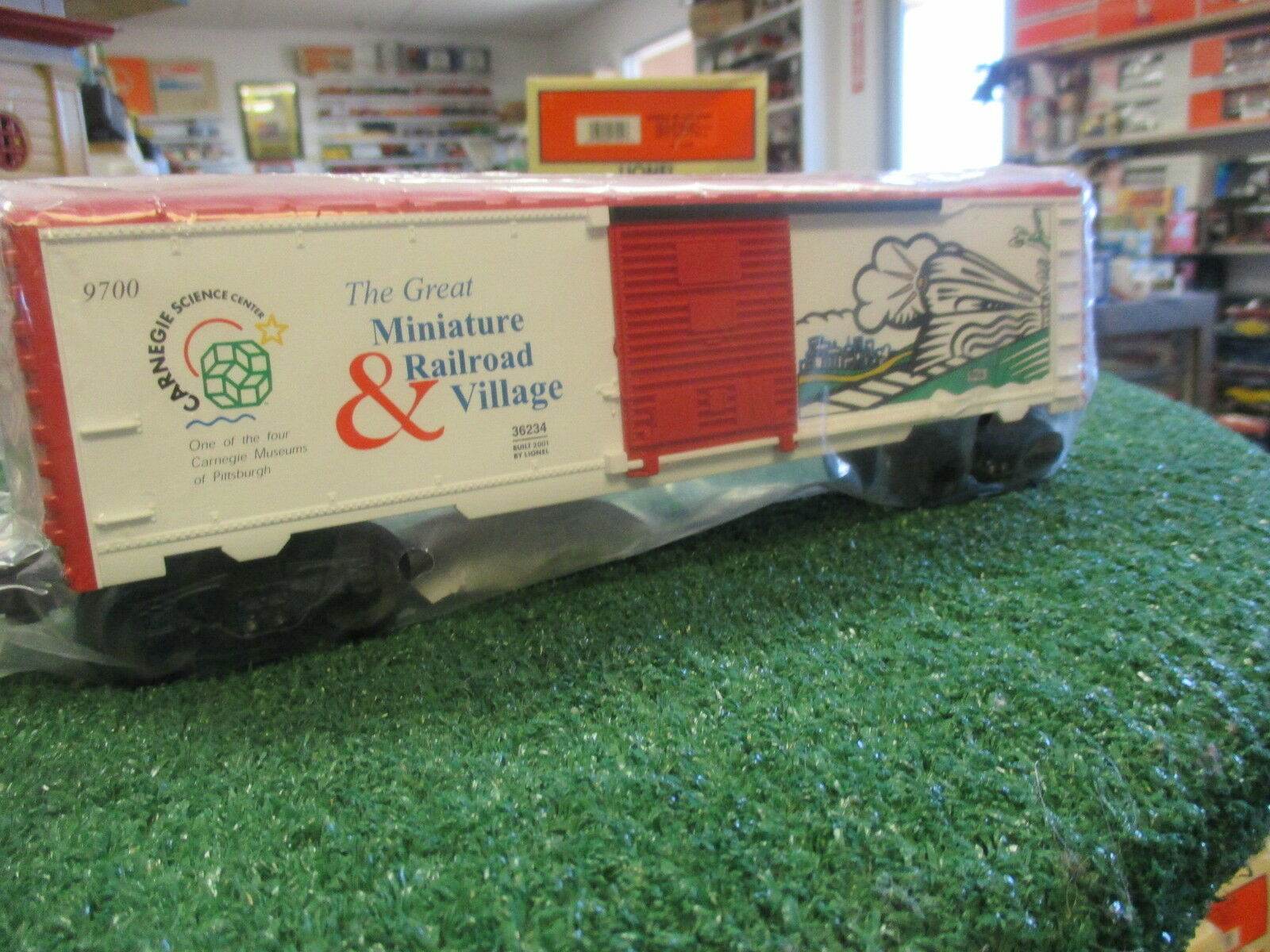 LIONEL 36234 CARNEGIE SCIENCE CENTER BOX CAR 2001 NIOB GREAT GRAPHICS DCST 2002