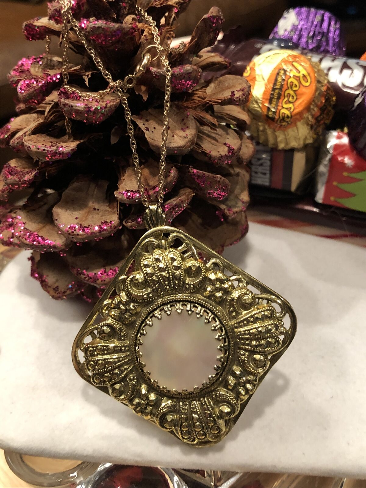 Antique Style Vintage Ornate Mother Of Pearl Gold… - image 8