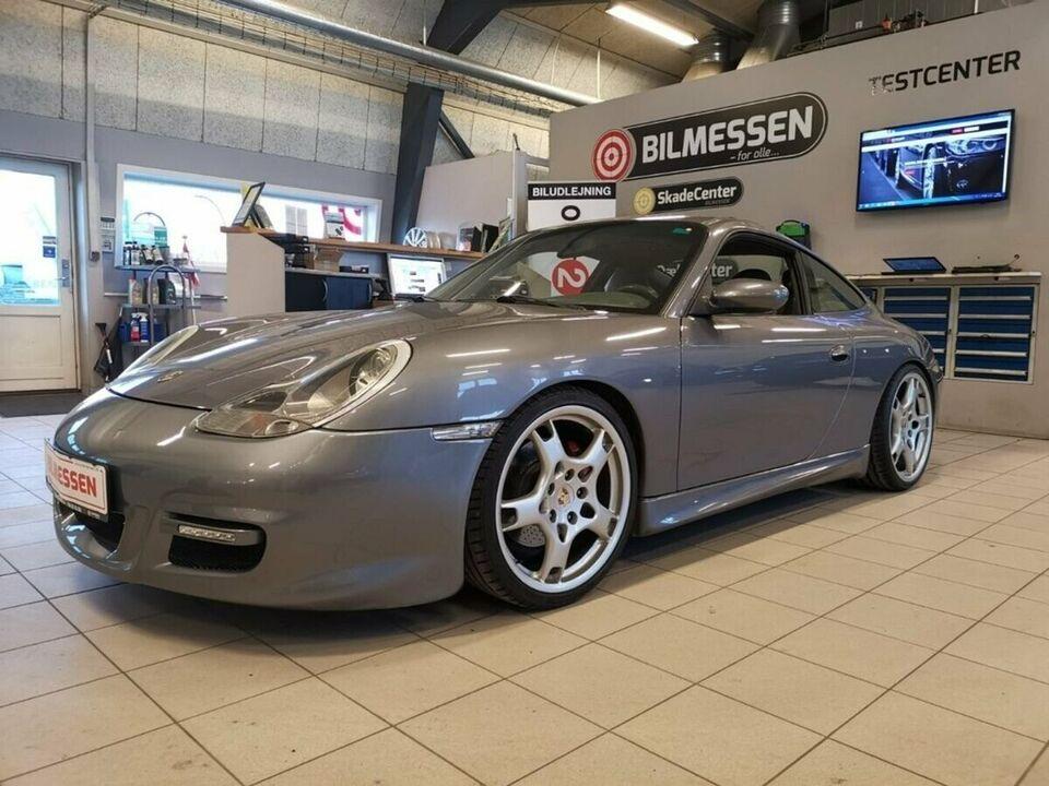 Porsche 911 Carrera 4 3,4 Coupé Benzin 4x4 4x4 modelår 2001