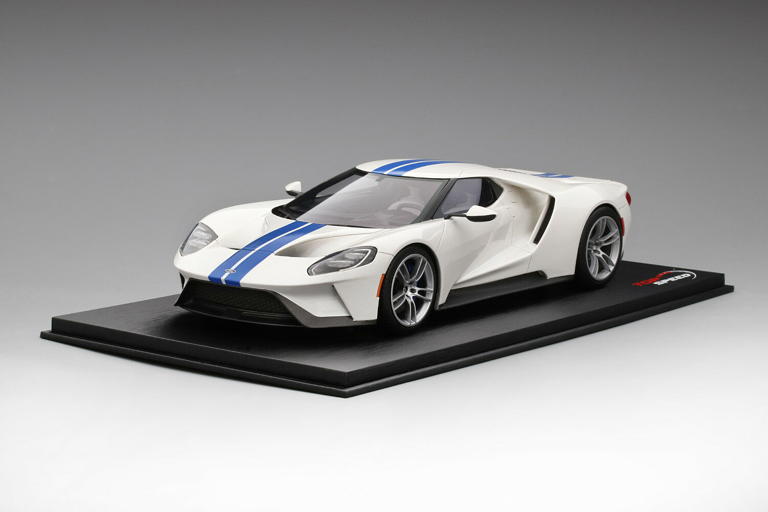 1 18 scale Top Speed  Ford GT  Frozen White with Lightning bluee Stripe