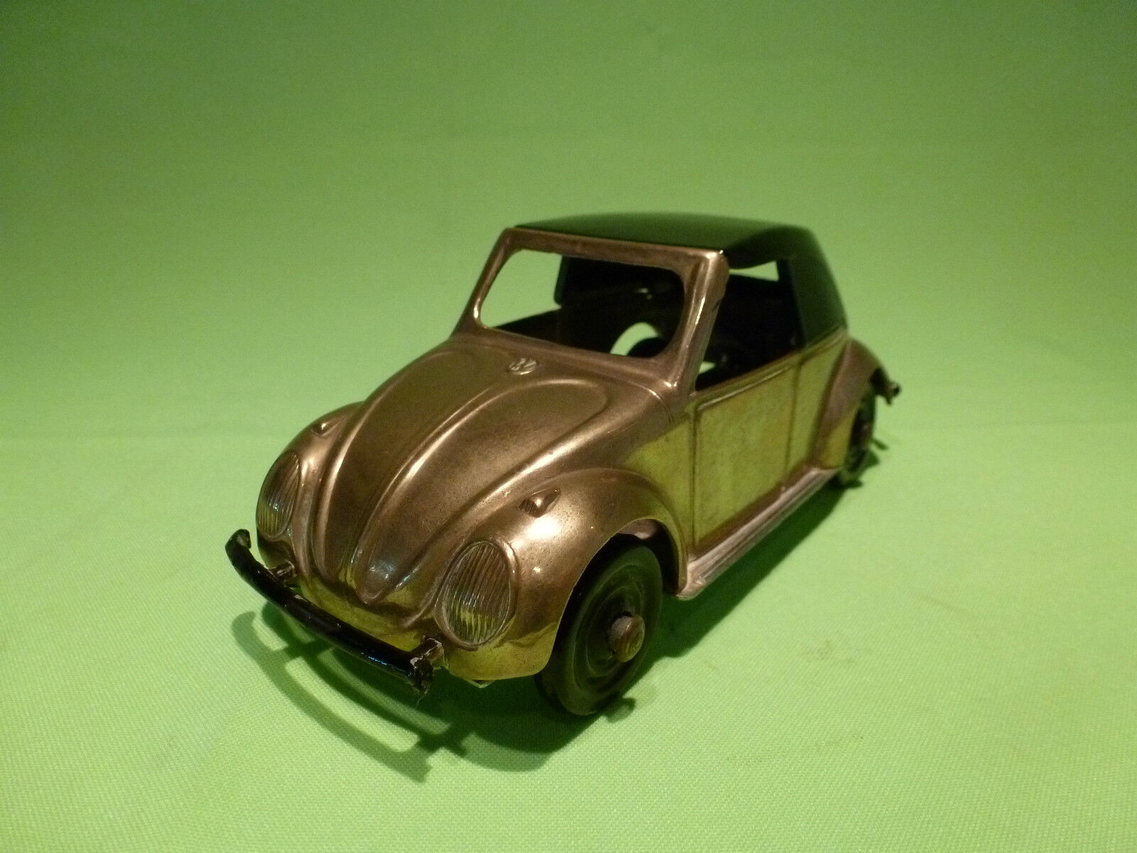 TIN TOYS METAL VW VOLKSWAGEN KAEFER CONVERTIBLE  RARE SELTEN VERY GOOD CONDITION